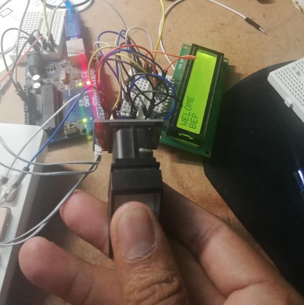 Arduino Fingerprint Sensor Lock - Engineering Projects